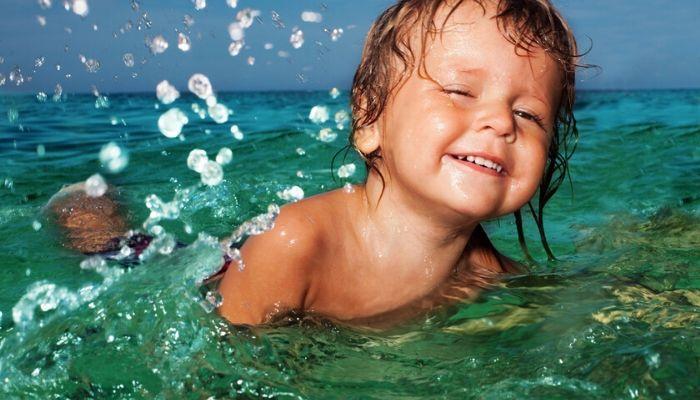 Летние опасности для ребенка в воде летом